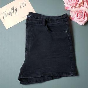 [F21+] Size 20 Antique Black Shorts